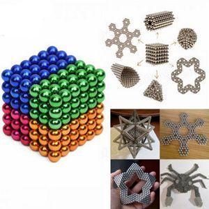 216 bolas magnéticas para construir todo tipo de figuras por 10,17€