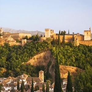 Granada: 1-3 noches, desayuno y entradas a la Alhambra ¡Desde 24€!