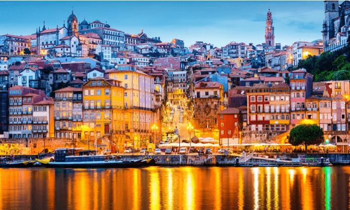 Oporto: 2-3 noches para 2 con desayuno, crucero y cata de vino