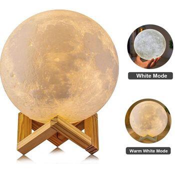Lámpara con forma de luna en Amazon