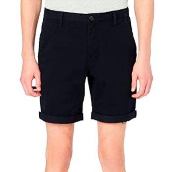 Pantalón corto tipo chinos en Amazon